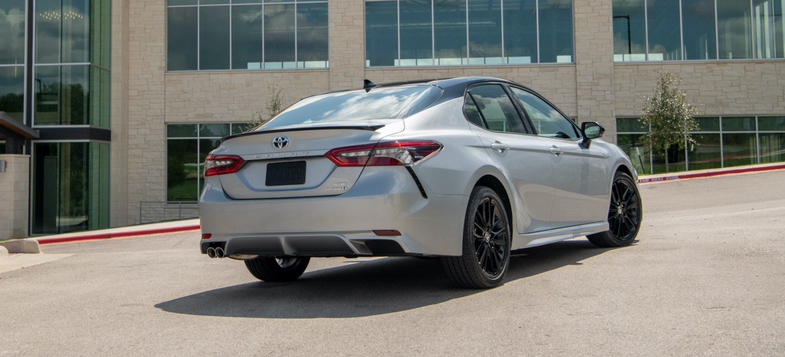 2021 Toyota Camry Hybrid Review